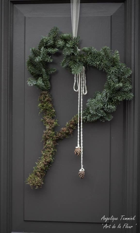 "Fotoalbum Kerst 2014 - www.artdelafleur7.nl   Christmas , wreath , heart , blauwspar , fresh green , kerstmis , kerststuk "" Art de la fleur "" , Angelique Temmink Waalboer. , angels , xmas , hedra , deco , Natural ."