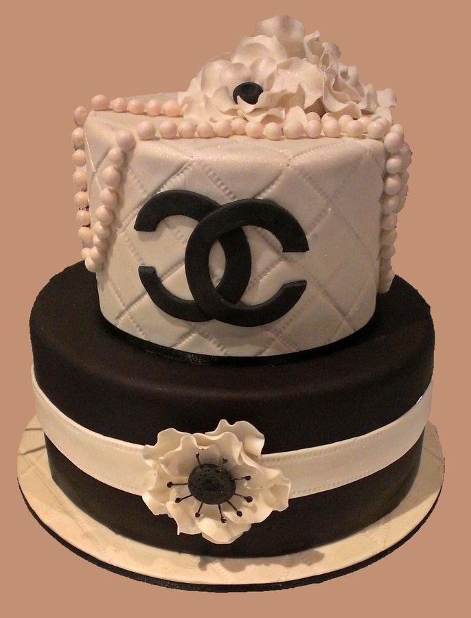 Birthday Cake Pictures Chanel : 17 Best ideas about Coco Chanel Cake on Pinterest Chanel ...