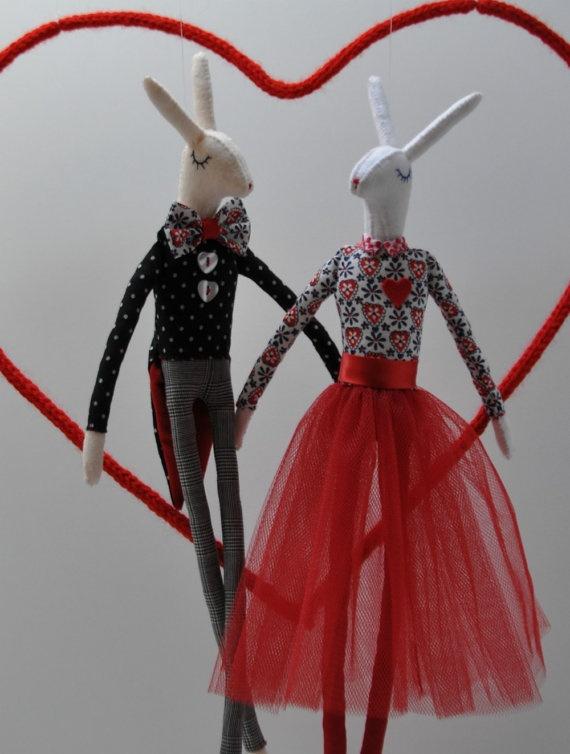 Valentines day rabbits par lizarendina sur Etsy, $85,00