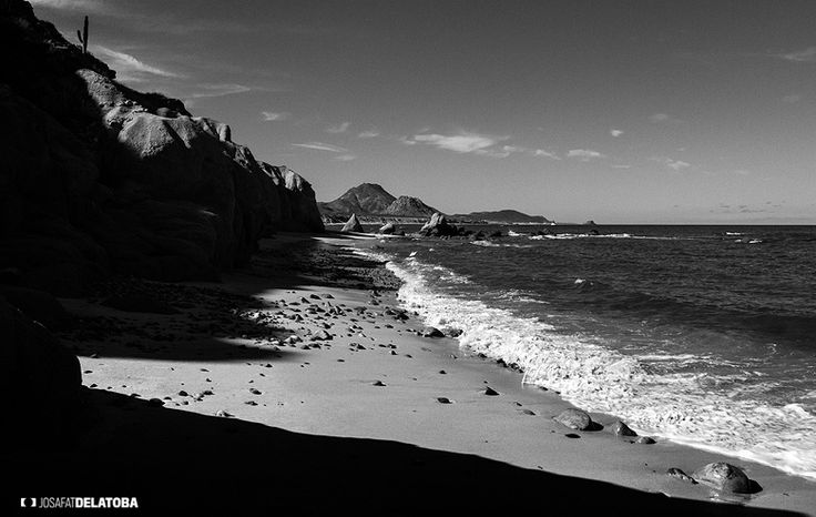 Scorpion Bay, Baja California Sur  #josafatdelatoba #cabophotographer #landscapephotography #loscabos #bajacaliforniasur #desert #mexico #blackandwhite #sanjuanico #scorpionbay
