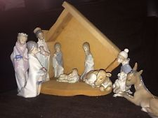 Incredible Lladro 9 piece Nativity set plus stable- mint
