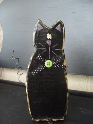 Maryberry Boutique: Halloween wood cat, I like the rough edges