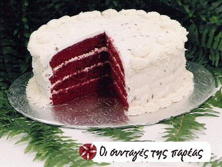 Κέικ κόκκινο βελούδο με κρέμα τυριού