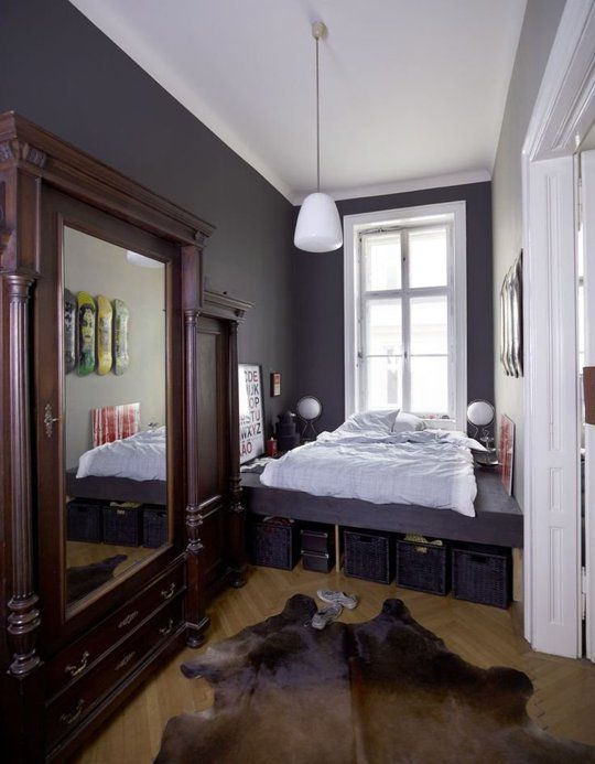 Best 25 Long narrow bedroom ideas on Pinterest Narrow  : a24becc2e18b1da9d20d7e4381c30f33 small bedrooms decor dark bedrooms from www.pinterest.com size 540 x 693 jpeg 51kB