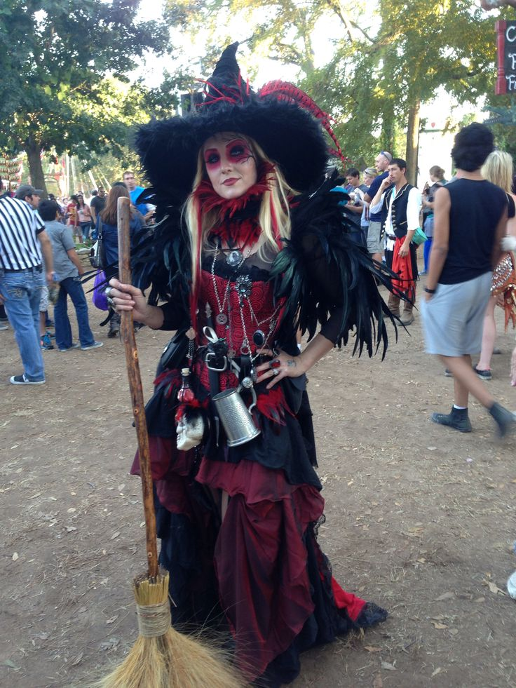 red texas renaissance witch costume  costuming