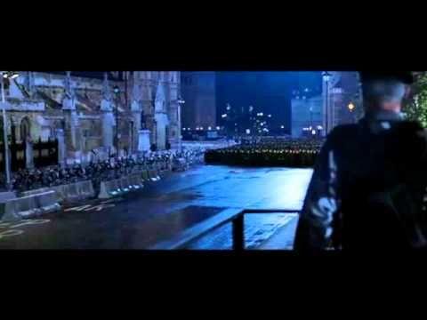http://www.pinterest.com/pin/7248049373938943/ V for Vendetta - final revolution scene