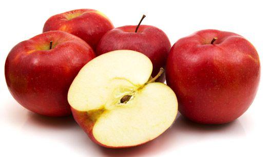 Como guardar maçãs cortadas sem oxidar?