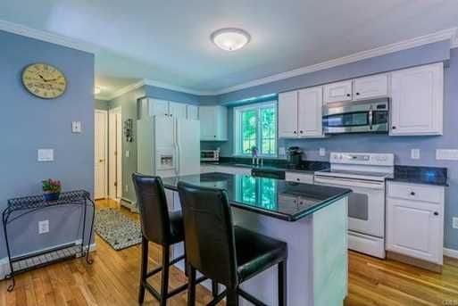 OPEN HOUSE: Sunday, June 11, 2017 1:00 PM - 3:00 PM. For Sale - 44 North Mountain Road, Brookfield, CT - $559,900. View details, map and photos of this single family property with 5 bedrooms and 4 total baths. MLS# 99188672.