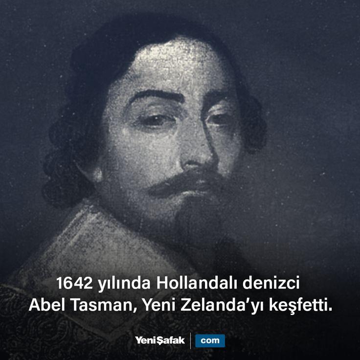 Hollandalı denizci Abel Janszoon Tasman, keşif yolculuğunda Avustralya kıtasını dolaşmış ve 15 Nisan 1642 yılında Yeni Zelanda'ya ulaşmış ilk Avrupalıdır.