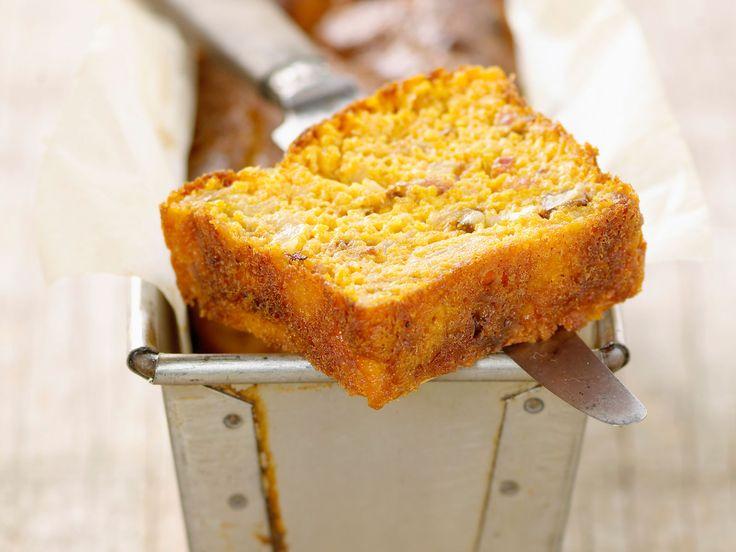 Découvrez la recette Cake au potiron sur cuisineactuelle.fr.