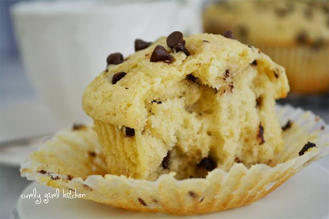 Curly Girl Kitchen: Chocolate Chip Sour Cream Muffins | Bread!