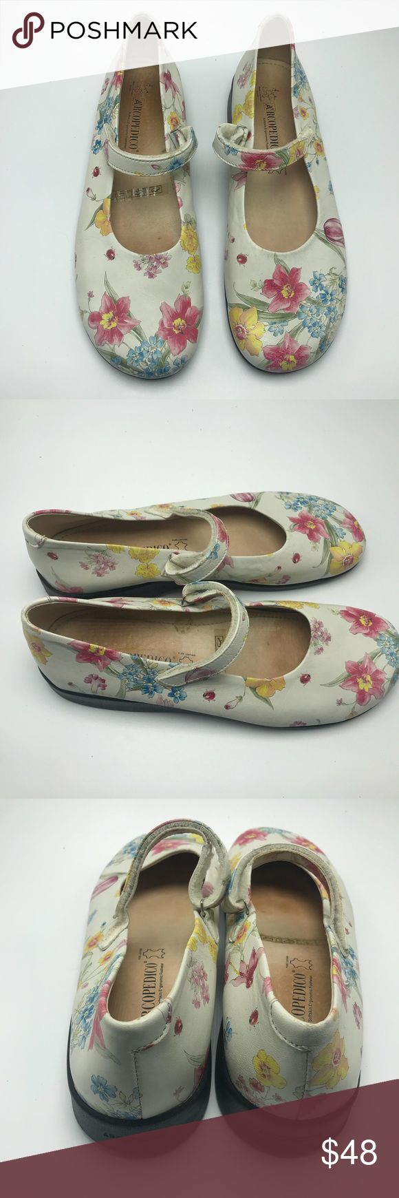 Arcopedico Scalia Floral Mary Jane Shoes Sz 42 Gorgeous Arcopedico Floral Mary Jane Shoes. Excellent used condition. See size chart for sizing info. Arcopedico Shoes Flats & Loafers