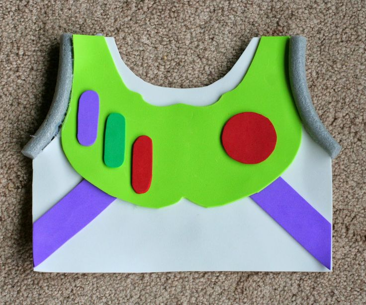 DIY Kids Buzz Lightyear No Sew Halloween Costume from Fun at Home with Kids