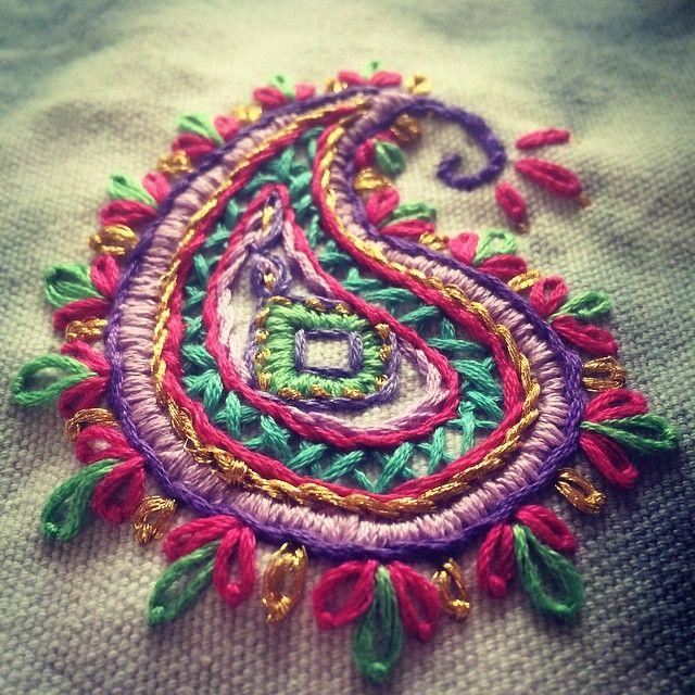 #embroidery #bordado #paisleys #colores #colours #arte #art #artesanal #artetextil #cute #crafts #embroiderylovers