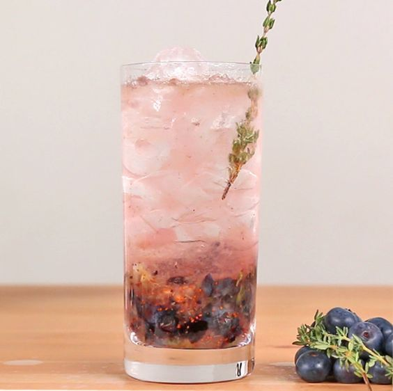 Blueberry Thyme Gin and Tonic