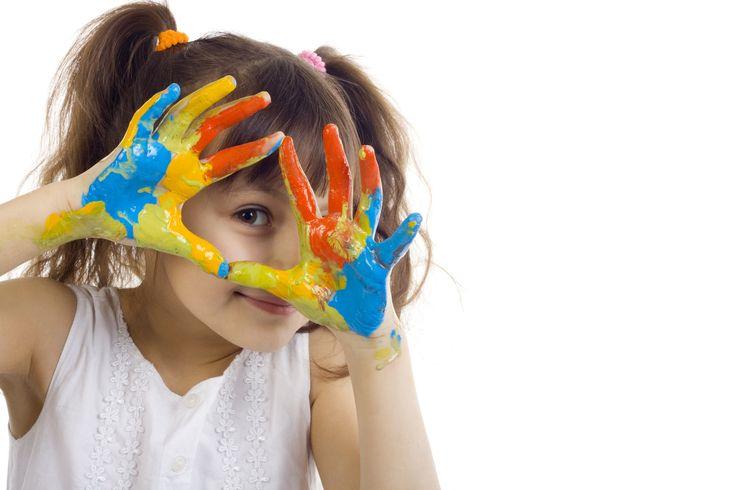 ВЛИЯНИЕ РАЗНЫХ ВИДОВ РУКОДЕЛИЯ НА ОРГАНИЗМ  Когда мы занимаемся тем или иным видом рукоделия, мы воздействуем на определенные точки - нервные окончания. Итак, как каждое рукоделие влияей на наш организм.