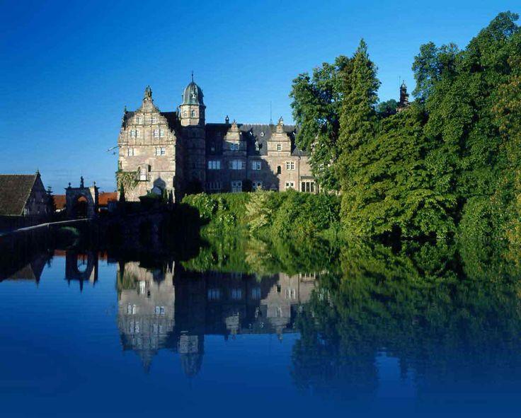 Schloss Hämelschenburg in Emmerthal bei Hameln - Die Urlaubsregion in Niedersachsen