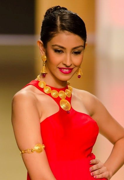 Latest gold necklace,earrings and bajubandh design from Azva Jewels