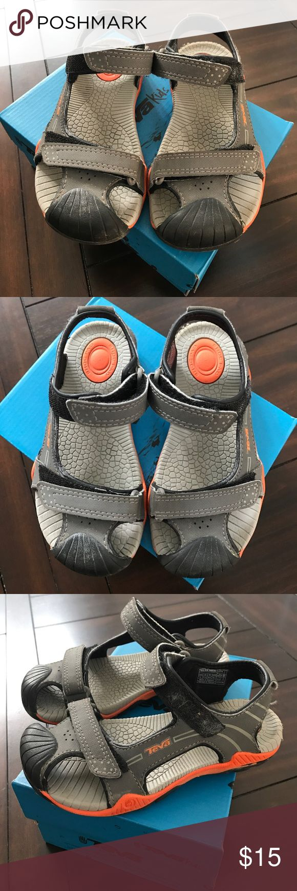 ❣️TEVA KIDS❣️BOYS SANDALS❣️ ❣️TEVA KIDS❣️BOYS SANDALS❣️GOOD CONDITION❣️BOY TODDLER SIZE 12❣️10%OFF WHEN YOU BUNDLE❣️ Teva Shoes Sandals & Flip Flops