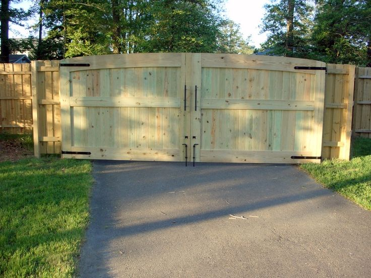 how to build wood gate door   Driveway Gates 16 feet wide totalClick To Enlarge