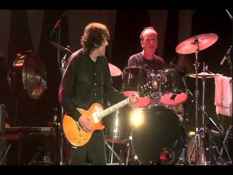 Gary Moore - Whiskey in the Jar (Tribute to Phil Lynott) (9/10) - *Rest in peace, Gary Moore... so sad of a day... Farewell - † Gary Moore was found dead in February 06 2011, while on vacation at Costa del Sol, Spain. †