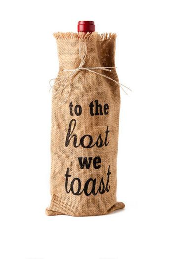 """To the Host We Toast"" Burlap Wine Bag.  Perfect gift for the hostess of your holiday parties"