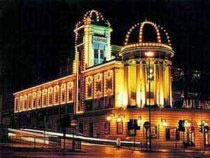 Alhambra Theatre, Bradford www.yorkshirenet.co.uk/yorkshire-west-south/south-west-yorkshire-accommodation.aspx