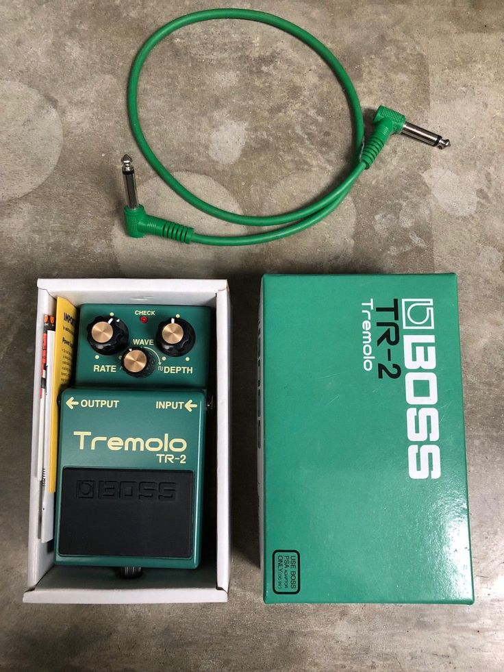 Roland Boss TR-2 Tremolo Guitar Effects Pedal