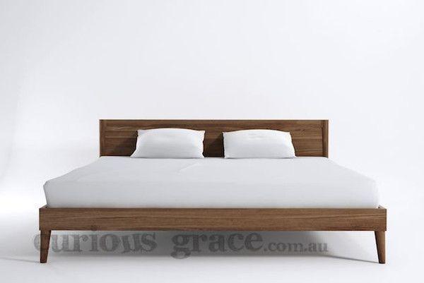 Karpenter Vintage King Bed and Bedsides Furniture Package