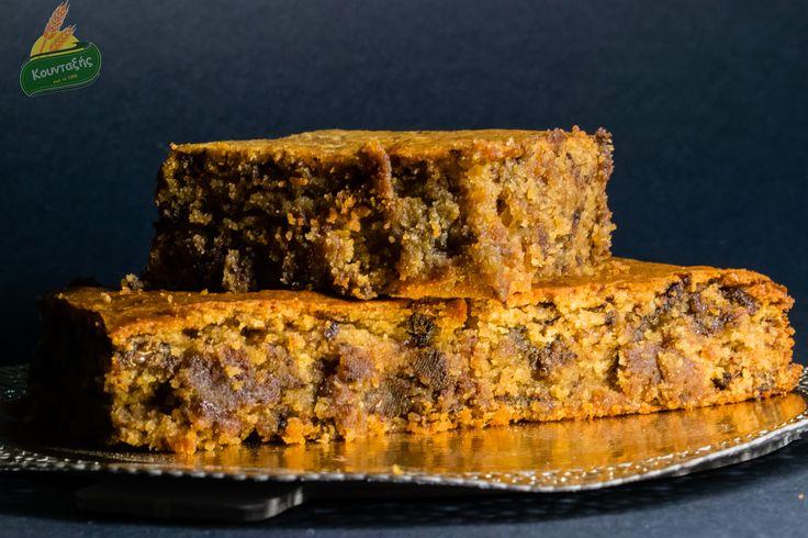 """Κέικ/""""Σουφλέ"""" με ταχίνι ολικής άλεσης, μέλι, Δίκοκκο αλεύρι ολικής άλεσης και πούδρα αμυγδάλου-Vegan (αλάδωτο)"""