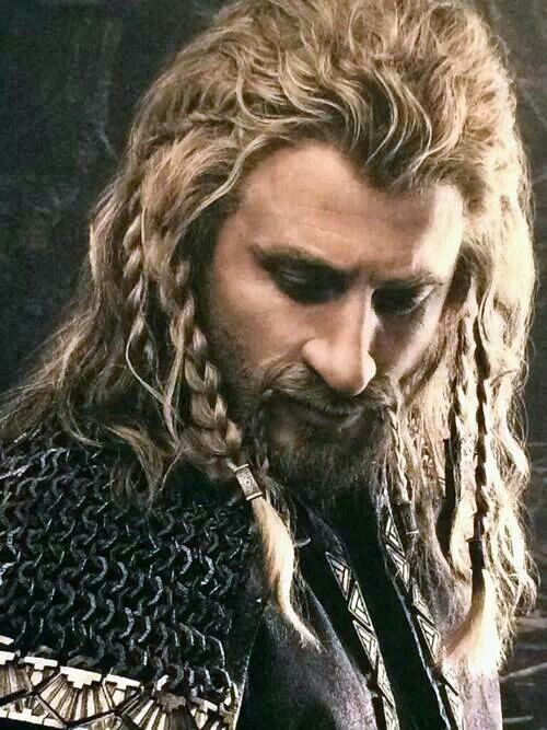 Fili ❤️ I wish the film would give him as much attention as it does to Kili, especially since he is the next in line.