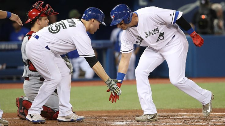 Gregory Strong   Troy Tulowitzki hit a grand slam, Justin Smoak belted a three-run shot and Russell Martin had a two-run homer as the Toronto Blue Jays crushed the Cincinnati Reds 17-2 on Monday night. Martin gave Toronto the lead in the second inning with a rainbow shot just inside the... - #17Run, #Baseball, #CBC, #Crush, #Grand, #Ignites, #Jays, #Outburst, #Reds, #Slam, #Sports, #Tulowitzki, #World_News