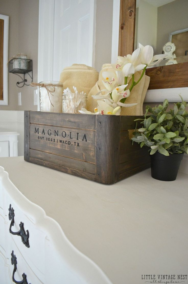 5 Ways to Style a Wooden Crate. 17 Best ideas about Vanity Decor on Pinterest   Makeup vanity