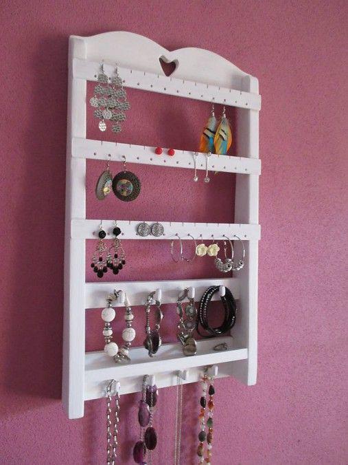 Wood / Stojan na šperky na zavesenie