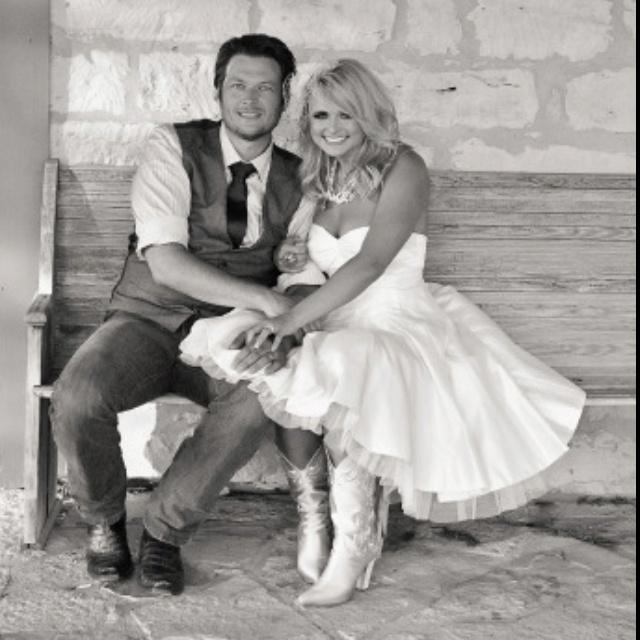 Blake And Miranda Wedding: 25+ Best Ideas About Blake Shelton And Miranda On