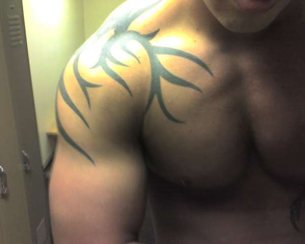 One of the most popular tattoo designs these days among male tattoos is Men shoulder tattoo designs.You will notice that men shoulder tattoo designs.