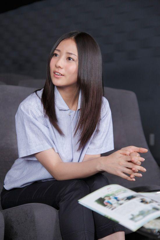 インタビューを受ける木村文乃。