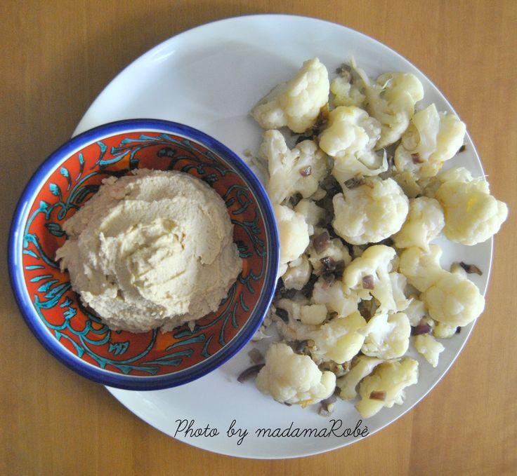 http://gengibreandfriends.com/2015/10/12/hummus-di-ceci-con-cavolfiore-chickpeas-hummus-with-cauliflower/