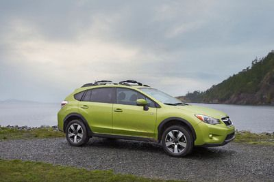 Car tech  -  Subaru Canada Introduces the 2014 XV Crosstrek Hybrid this November