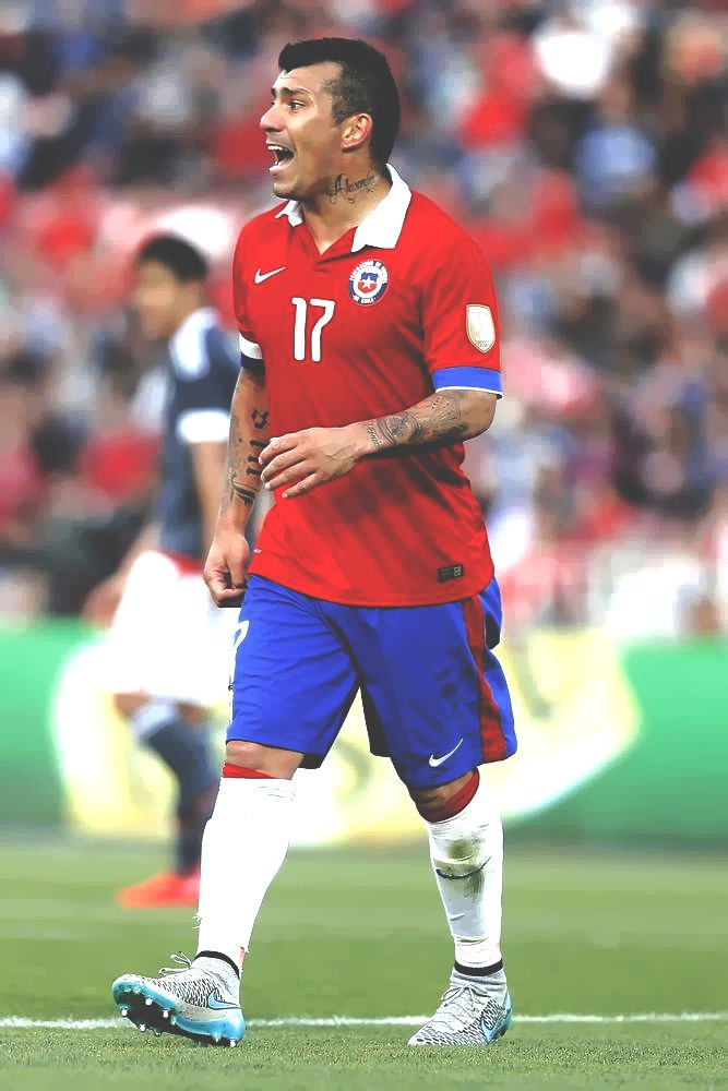 Gary Medel. Chile National Team