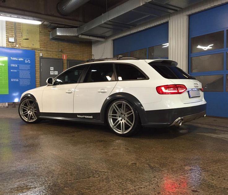 White Audi Allroad                                                                                                                                                                                 Mehr