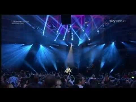 """"""" E tu"""" ...Claudio  Baglioni  (live )."""