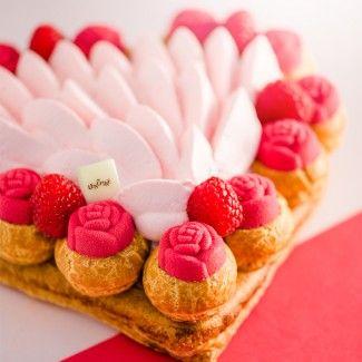 A little inspiration for valentine's day ❤️ Le Saint Honoré Framboise by Lenôtre