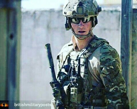 @Regrann_App from @britishmilitaryposts  -  Captain Wales is seen whilst participating in a counter terrorism exercise alongside 2nd Commando Regiment, a special forces unit of the Australian Army. #BritishArmy #Army #BeTheBest #HMArmedForces #Military  Alliance: @hmarmedforces - #regrann