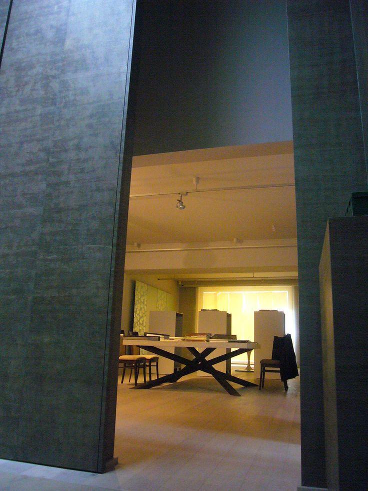Textiles ShowRoom in Bologna -/ /-  ShowRoom tessili in Bologna - / - / design Lauro Ghedini