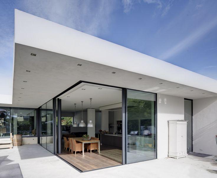 Villa De Bruin Utrecht Metaglas 1    http://www.metaglas.nl/producten/methermo-aluminium-ramen-en-deuren/schuifpuien-ramen-horizontaal/