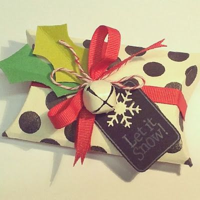 Awesome Polka Dot Pillow Box For Christmas
