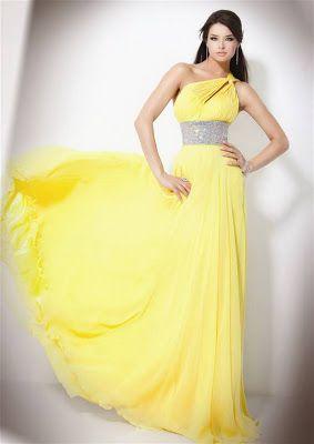Dica de vestido para madrinhas: discreto e elegante - Maringá - PR