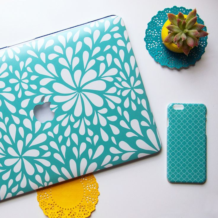 Turquoise is the colour fir this summer. Dress your devices accordingly.
