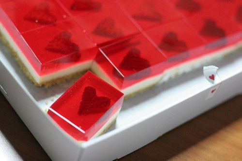 jelly cheesecake with strawberry hearts...